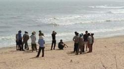 Phát hiện thi thể người đàn ông trôi dạt vào bờ biển Hà Tĩnh