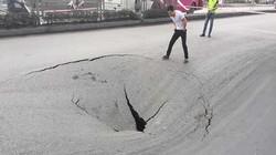 """Hố """"tử thần"""" trên quốc lộ 18A - Quảng Ninh: Đổ 80 khối bê tông"""