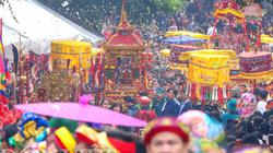 Lễ hội lớn nhất Lạng Sơn: Dân ùa ra đường chật kín các con phố