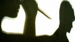 Nghi vợ ngoại tình, chồng dùng dao đâm chết trước công ty