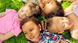 Cách dạy trẻ thành người bạn tốt, hòa đồng