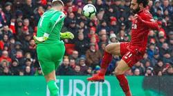 Liverpool ngược dòng kịch tính, Klopp bênh Salah chằm chặp