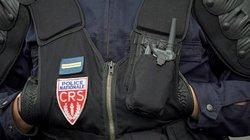 """Pháp: Thi xem ai """"rút súng trước"""", nữ cảnh sát bị đồng nghiệp bắn vào đầu"""