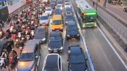 Thí điểm cấm xe máy: Hàng trăm nghìn ngườigặp khó