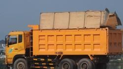 Quảng Bình: Xe tải chở đất hoành hành nội đô TP Đồng Hới