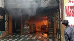 Lửa bùng phát dữ dội tại khách sạn ở Hải Phòng, một nạn nhân tử vong