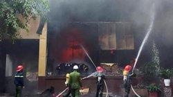 Cháy khách sạn 8 tầng ở Nghệ An