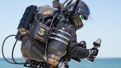 Bộ giáp Iron Man ngoài đời thực: Bay gần 90 km/h, đạt độ cao 3.500m