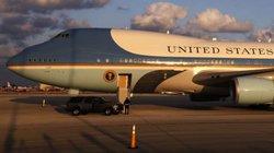 Hai chiếc Không lực Một mới của ông Trump có giá bao nhiêu?