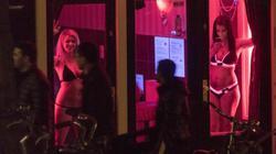 """Hà Lan mạnh tay với du khách ở phố đèn đỏ để """"tôn trọng gái mại dâm"""""""