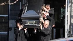 """Đám tang 1 tỷ đồng của """"bố già"""" mafia Mỹ bị bắn chết trước cửa nhà"""