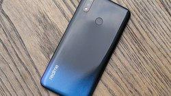 Cận cảnh chiếc smartphone Realme 3 với màn hình giọt sương