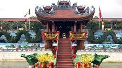 Chùa Ba Vàng vắng khách bất thường, bà Phạm Thị Yến cũng vắng mặt