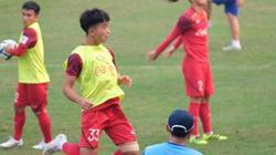"""Chỉ đá 30 phút ở VL U23 châu Á, """"hotboy"""" U23 Việt Nam nói gì?"""