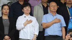 """Tin tối (1/1): """"Cánh tay trái"""" tiết lộ thông tin bất ngờ về vợ thầy Park"""
