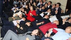Hàn Quốc truy tố hàng chục nghị sĩ