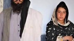 Người đàn ông đi bộ 12km mỗi ngày đưa con gái đi học gây sốt ở Afghanistan