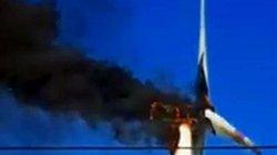 Cháy tuabin trên trụ điện gió tại Bình Thuận