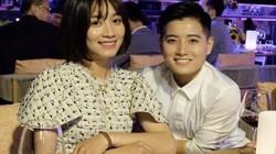 Cầu thủ Hoàng Thị Loan gây sốt với hình ảnh nữ tính, xinh đẹp