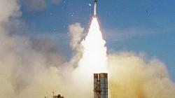"""Phòng không Iran chống đỡ thế nào trước """"pháo đài bay"""" B-52 Mỹ?"""