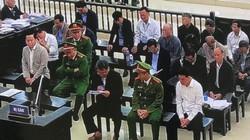 """Cựu Phó Chánh VP Đà Nẵng bật khóc, lo không """"qua khỏi"""" trong tù"""