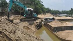 Bị dân phản đối khai thác cát, doanh nghiệp đòi lại tiền ủng hộ