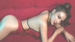 Phong cách thời trang thu hút công chúng của các nữ DJ Việt