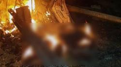 Đặc nhiệm Mỹ kéo thi thể tướng Iran ra khỏi xe bốc cháy ngùn ngụt