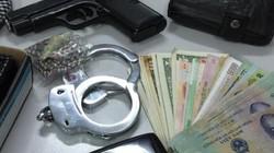 Người nước ngoài cướp tiền ở trung tâm ngoại ngữ