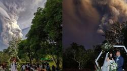 Ảnh: Cặp đôi tổ chức hôn lễ mặc núi lửa phun trào ngay phía sau