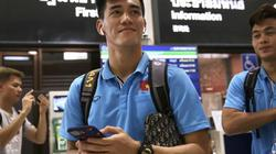 Thày trò HLV Park Hang-seo rời Buriram về Bangkok đấu với U23 Triều Tiên