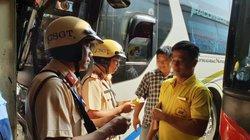 """Có """"men"""" trong hơi thở, tài xế xe khách giường nằm ở Sài Gòn không bị xử phạt vì lý do này"""
