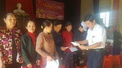 Quảng Nam: 200 suất quà đến với nông dân nghèo xã Đại Nghĩa