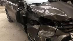 Tài xế xe Mazda CX5 bỏ trốn sau khi tông 2 người dừng sửa xe bán tải
