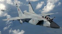 """""""Vua Tốc Độ"""" - Chiến đấu cơ MiG-25 Liên Xô nhanh đến mức nào?"""