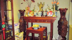 Những điều cần chú trọng khi dọn dẹp bàn thờ tổ tiên ngày cuối năm