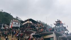 Giáp tết âm lịch, dòng người đổ về chiêm bái đền Chúa Thác Bờ