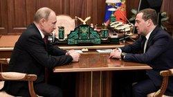 Đằng sau việc đồng minh thân cận nhất của ông Putin suốt 30 năm đột ngột từ chức