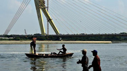 """Ngư dân Trung Quốc săn tiền thưởng nhờ """"tóm"""" thiết bị gián điệp dưới nước"""