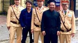 Xôn xao ảnh Quang Tèo bị công an bắt vì phạm luật giao thông: Sự thật ngã ngửa!