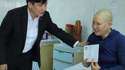 Bí thư Tỉnh ủy Đắk Lắk vận động hàng ngàn suất quà cho người nghèo