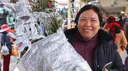 Người dân lỉnh kỉnh đồ đạc rời Hà Nội về quê ăn Tết Nguyên đán