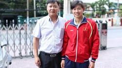 """Vụ thầy Ánh Viên bị Trang Trần tố """"quỵt"""" nợ: Thông tin bất ngờ"""