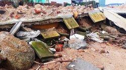 """Vì sao kè sông 12 tỷ đồng ở Bình Định vừa xây… đã """"đổ nát""""?"""
