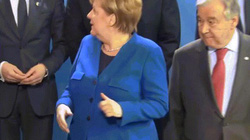 Video: Không thấy ông Putin, nhóm lãnh đạo thế giới ngơ ngác trong buổi chụp ảnh
