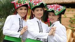 Mùa xuân lên Tây Bắc tìm hiểu tục chọc sàn của người Thái