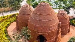 Ngắm tòa tháp bảo vật làm từ hàng ngàn viên gạch cổ 300 năm tuổi