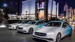 Mercedes-Benz hé lộ về hình ảnh thế hệ mới của dòng E-Class