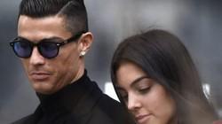 """Bạn gái bất ngờ gọi Ronaldo là """"Chồng"""", đã bí mật đính hôn?"""