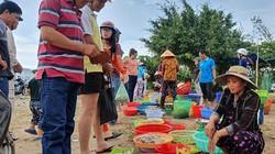 Độc đáo: Chợ đường Kiên Giang toàn bán cá, tôm đặc sản, tươi ngon